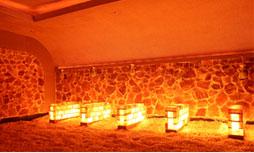 Phòng xông hơi kết hợp đá muối trải sàn