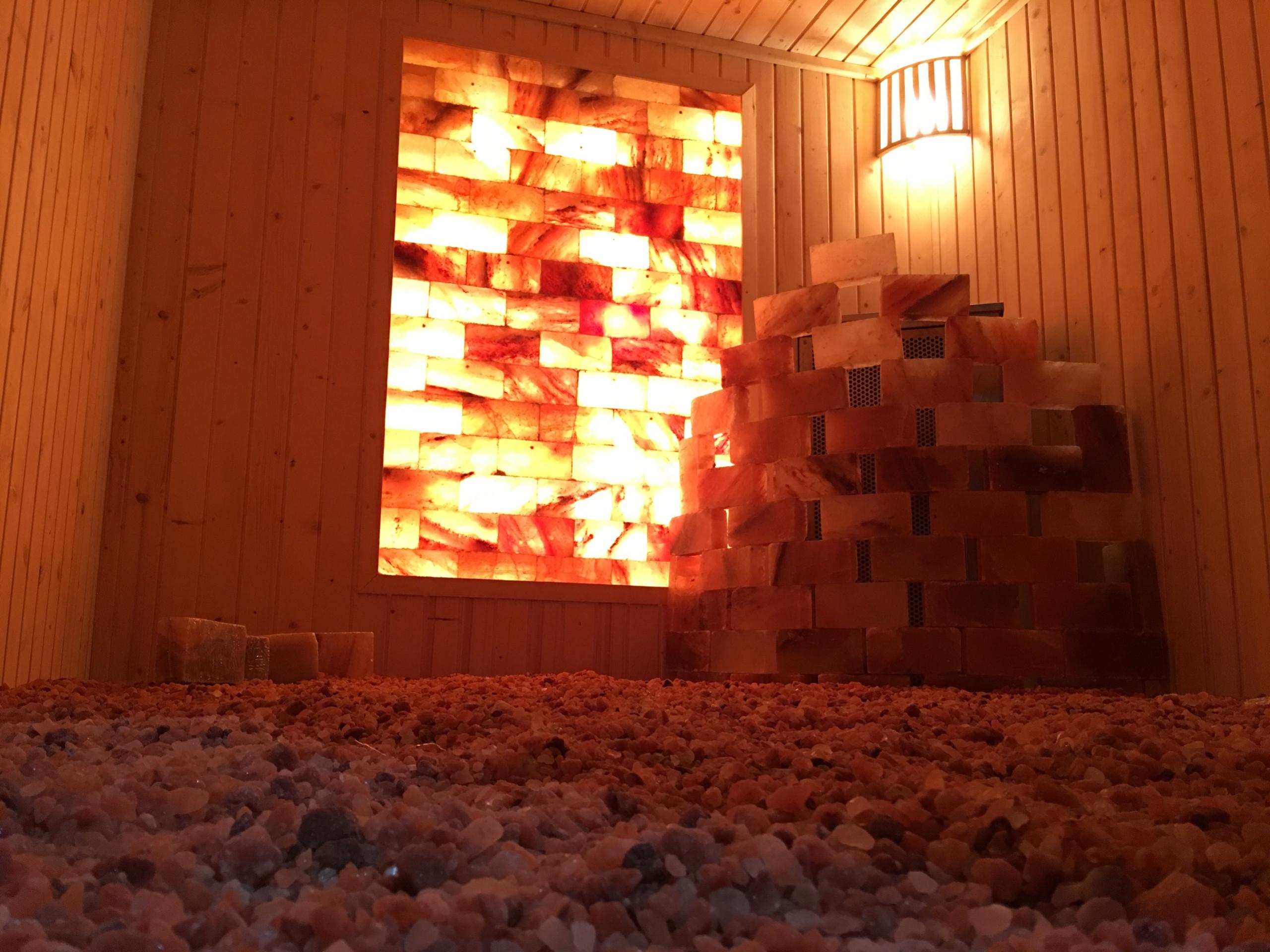 Công trình phòng xông hơi đá muối Spa Trang Pap Bình Dương hình ảnh 3