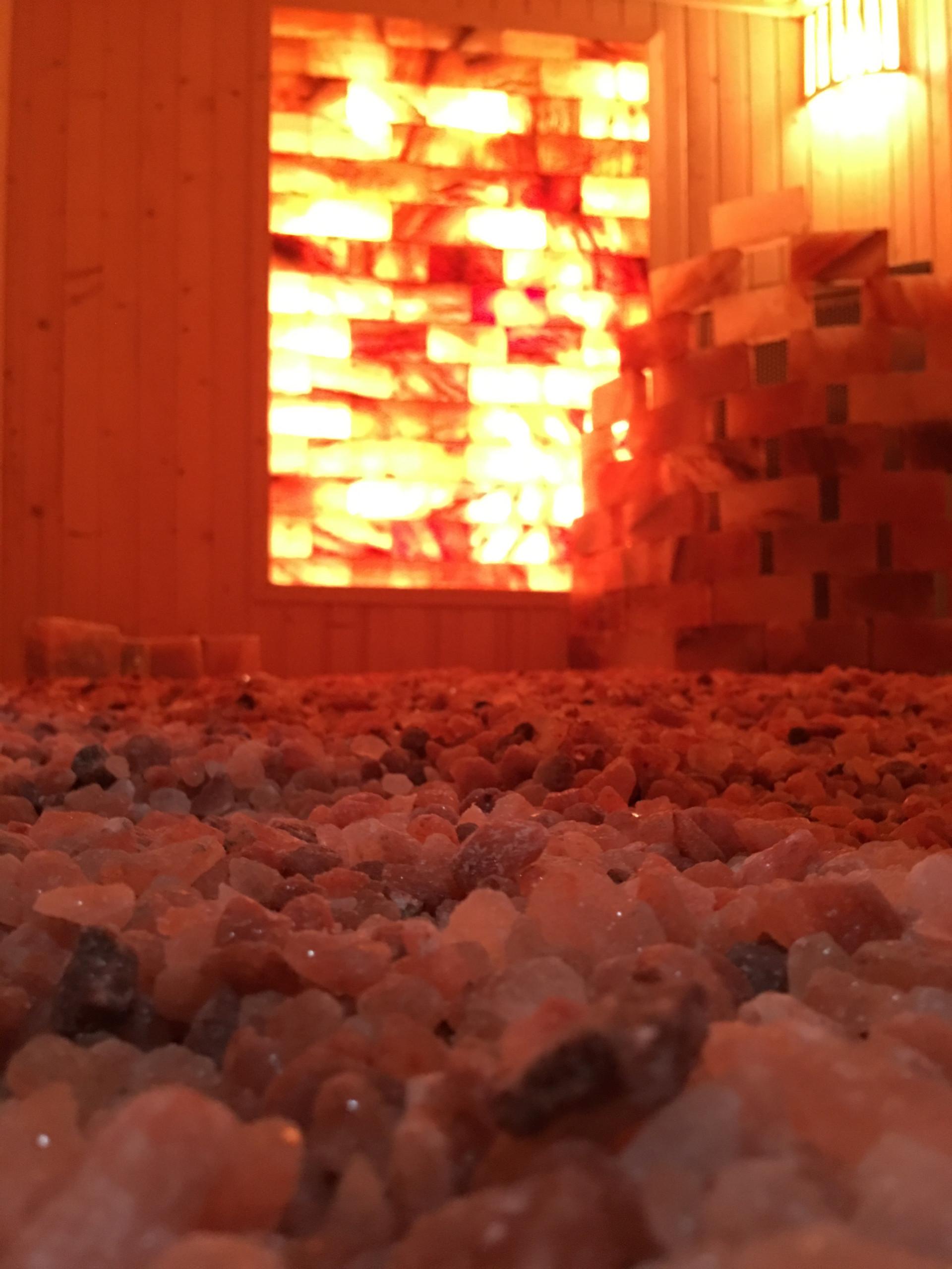 Công trình phòng xông hơi đá muối Spa Trang Pap Bình Dương hình ảnh 2