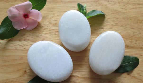 Tại sao đá lạnh massage lại được xem là « bí kíp » để spa thu hút và nuông chiều khách hàng hình ảnh 5