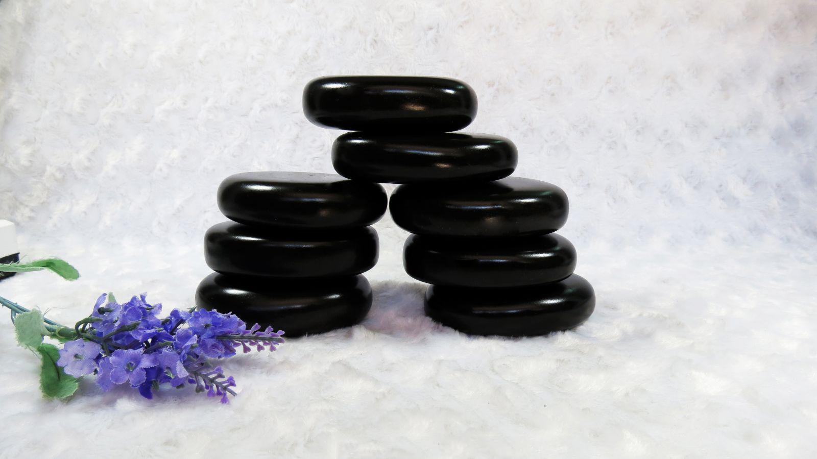 Nâng cấp dịch vụ massage tại spa với nguồn năng lượng tuyệt vời từ đá nóng massage 8