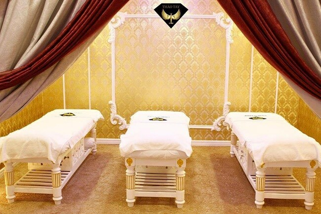 Giường massage sơn nhũ tại Thảo Tây Spa